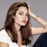 Анджелина Джоли увлекается оккультной магией