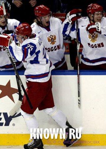 Петров хоккеист биография