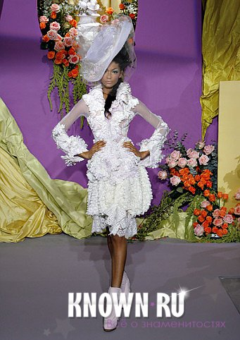 Показ Christian Dior Haute Couture